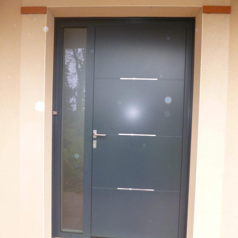 Porte d'entrée avec fixe latéral fabricant Sopac